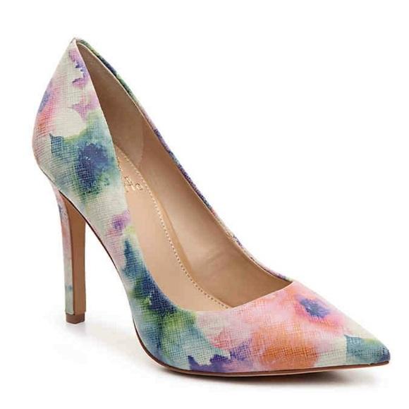 Vince Camuto Floral Heels Size 9